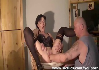 amateur wife enjoys a biggest fisting big o